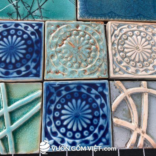 Gạch mosaic vuông lớn đắp nổi