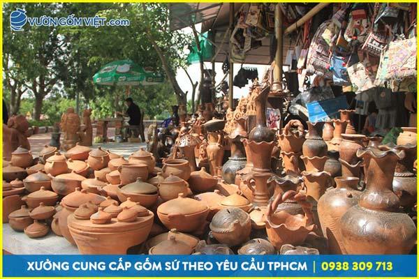 Làng nghề nào sản xuất gốm nổi tiếng cả nước?