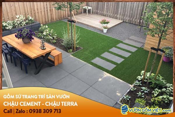 Mẹo bố trí sân vườn đẹp với đồ gốm sứ cho không gian nhỏ hẹp