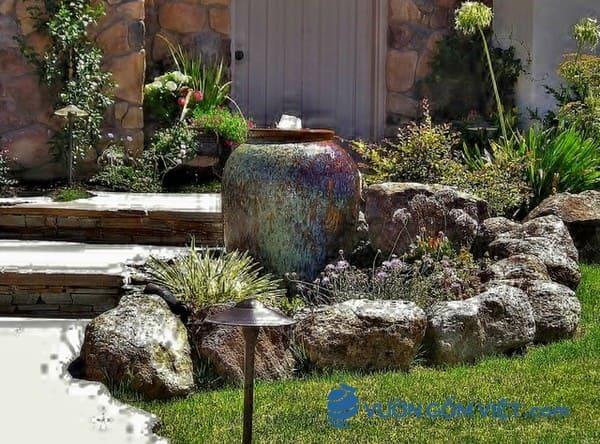 Thiết kế tiểu cảnh sân vườn gốm sứ tuyệt đẹp