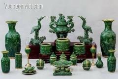 Mua đồ thờ gốm sứ dịp Tết - Những phong tục cổ truyền Việt Nam